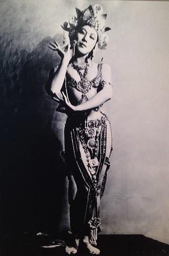 Boddisatva dance, Choi Seung-hee, 1936