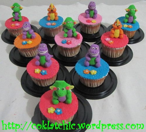 Cupcake barney