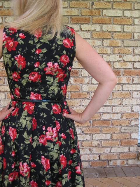 Simplicity 2444 Roses