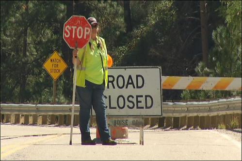 Mudslide road closed 2
