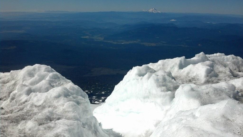 Mt Adams Glissade Chutes
