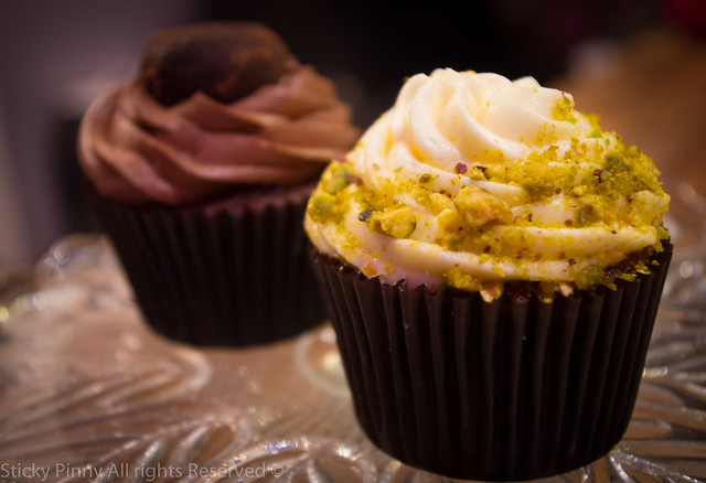 Sticky Pinny Carrot and pistachio cupcakes 2