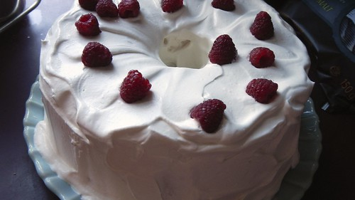 Gluten-Free Angel Food Cake 15