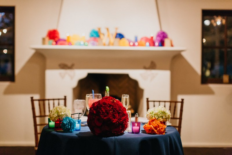 Dia de los Muertos wedding on @offbeatbride