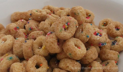 Cap'n Crunch's Sprinkled Donut Crunch Cereal Dry
