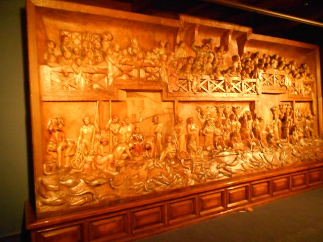 Retablo del Mar en madera en la Casa Natal de Jovellanos