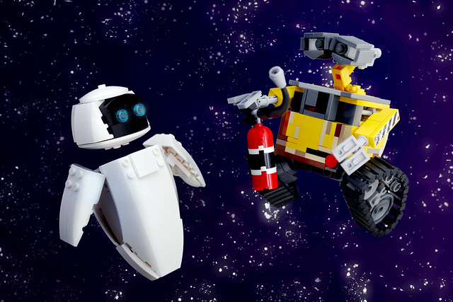 WALL E and EVE     BrickNerd   Your place for all things LEGO and the     Space Dance
