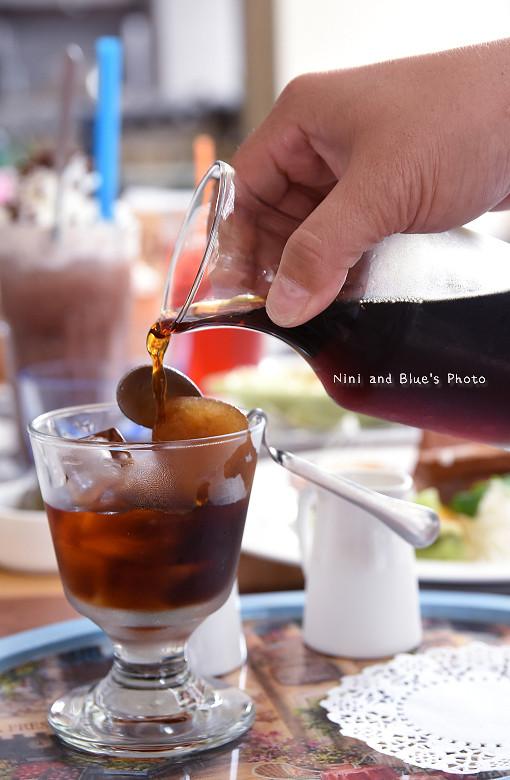 台中早午餐推薦冰滴咖啡插座餐廳胖達30