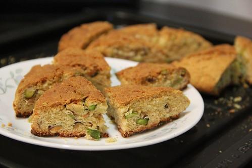 Pistachio scones 2