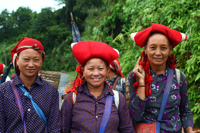 Red Dao ladies - Sapa