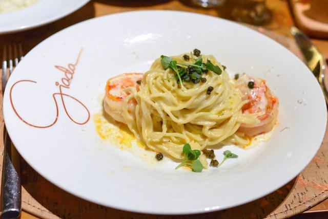 Spaghetti shrimp, lemon & basil