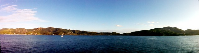 L'isola d'Elba vista dal traghetto