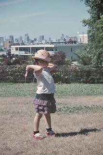 SAKURAKO practices jumping rope.