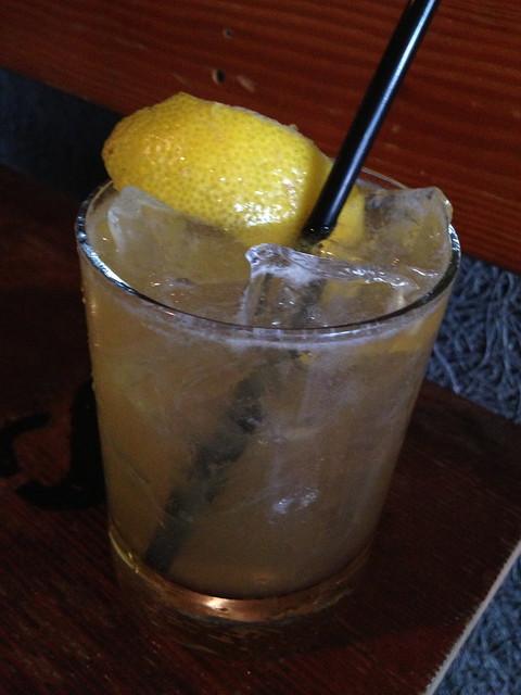 Bourbon lemonade - Hi Tops