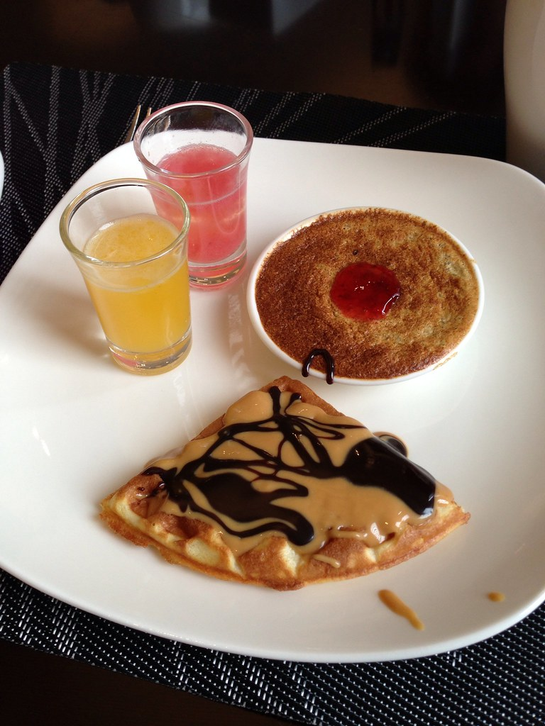 Peanut Butter and Chocolate Crepe and Juices
