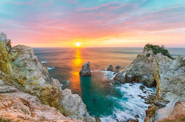 Sunset on Cape Koganezaki [Explore]