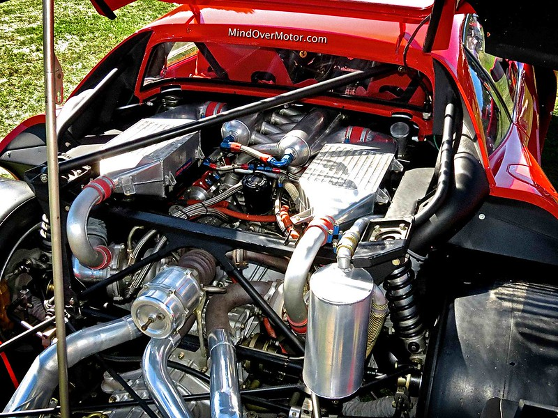 Ferrari 288 GTO Evoluzione 650hp twin turbo V8 engine
