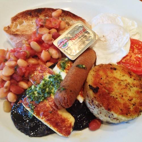 Full veggie breakfast