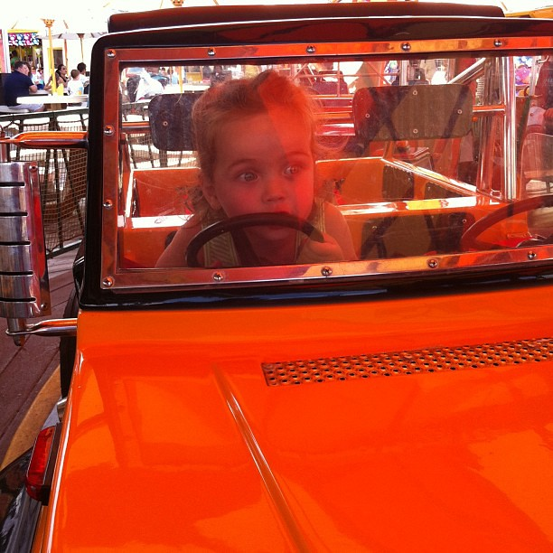 You're too young to drive! #amusementpark #jeep
