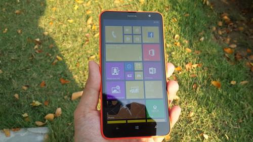Nokia Lumia Lumia 1320 ด้านหน้า