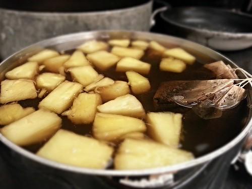 Pineapple black tea by pipsyq