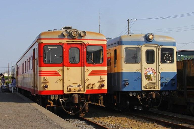 Hitachinaka Seaside Railway DC kiha 222 & kiha 2005