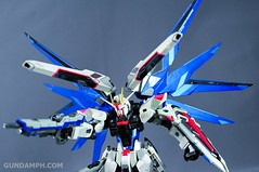 Metal Build Freedom Gundam Prism Coating Ver. Review Tamashii Nation 2012 (99)