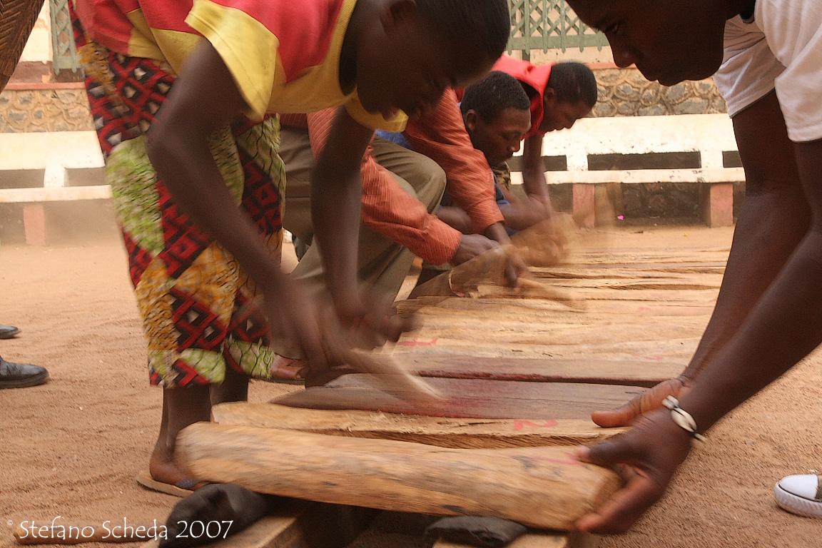 Raw xylophone - Foumban, Camerun
