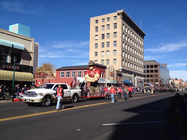 Big US Marine Balloon In Veteran's Day Parade