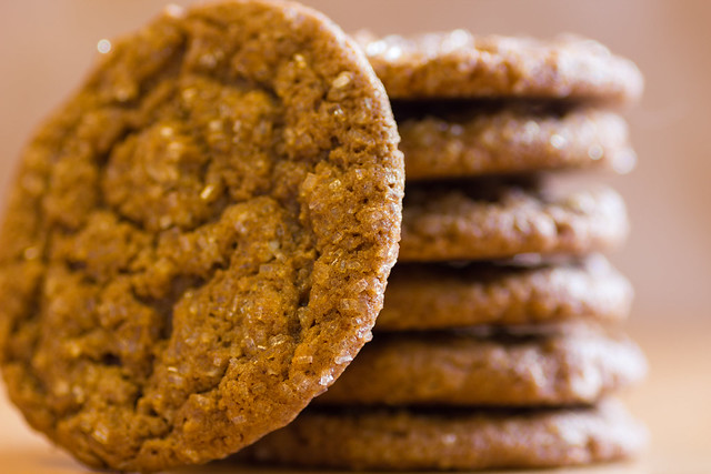 Chewy Brown Butter Ginger Oatmeal Cookies