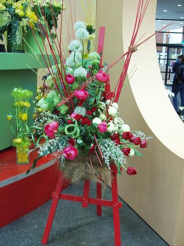 200604170124_Keukenhof_floral-arrangement