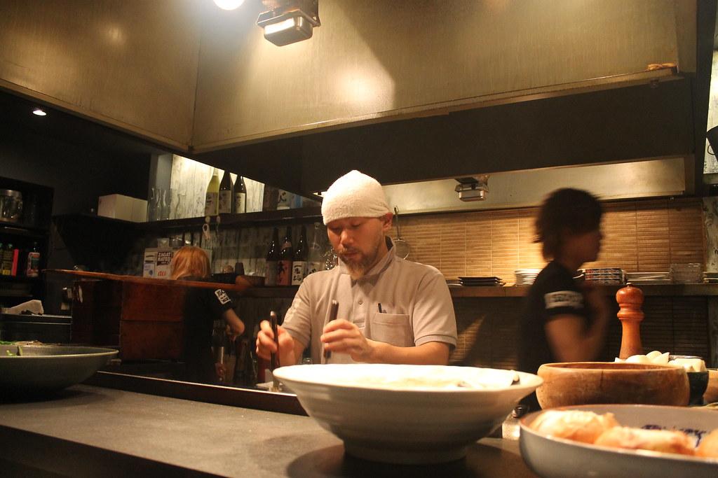 El chef de 'Isoya', en acción