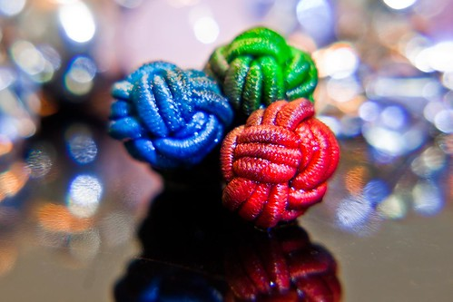 RGB Knot by Richard Le Sauvage