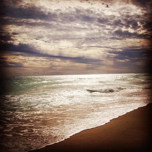 South Beach #sobe #miami by @MySoDotCom
