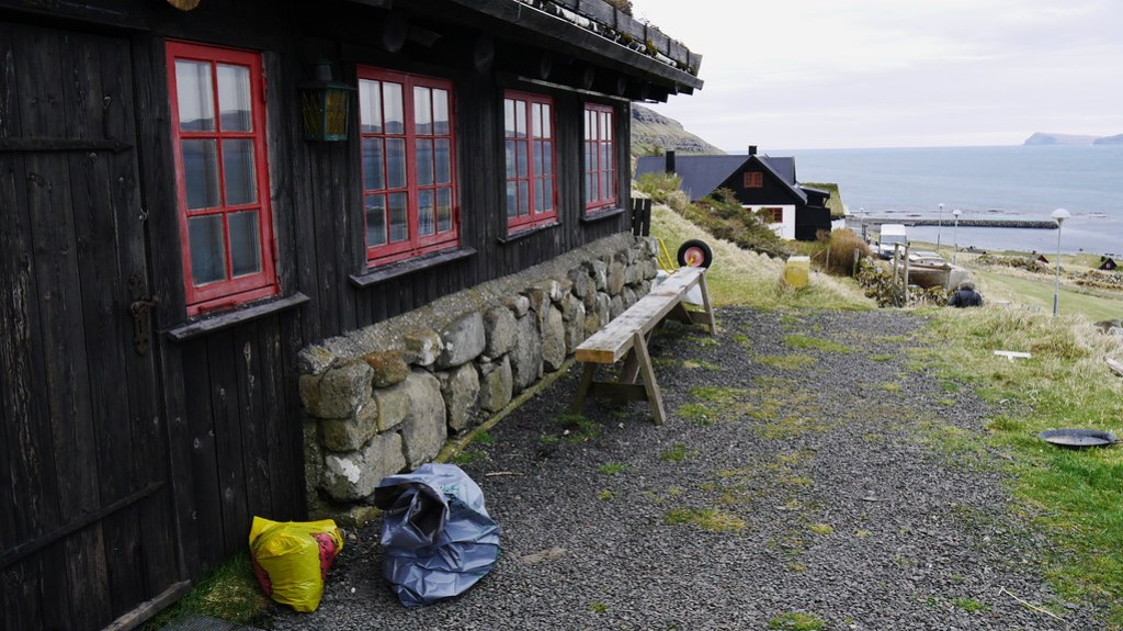 Hike to Kirkjubøur |