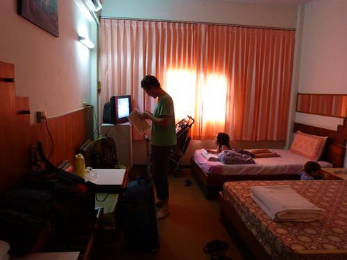 bad photo bad hotel