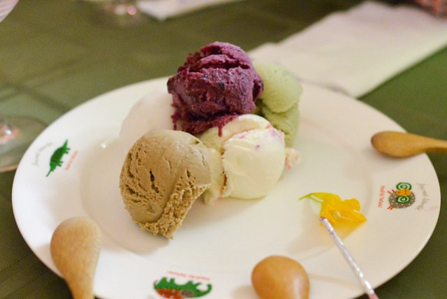 DD0_2771Lychee, pistachio, white chocolate, raspberry ice cream