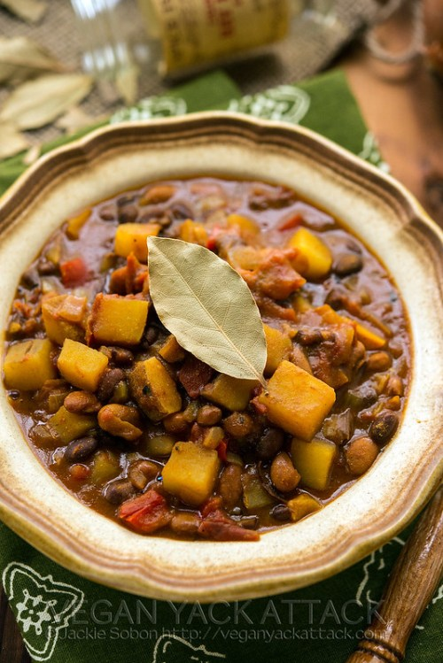 Slow Cooker Potato Curry Chili- An easy stew that fuses the flavors of curry and chili together to make one hearty, tasty meal! Vegan, Gluten-free, Soy-free