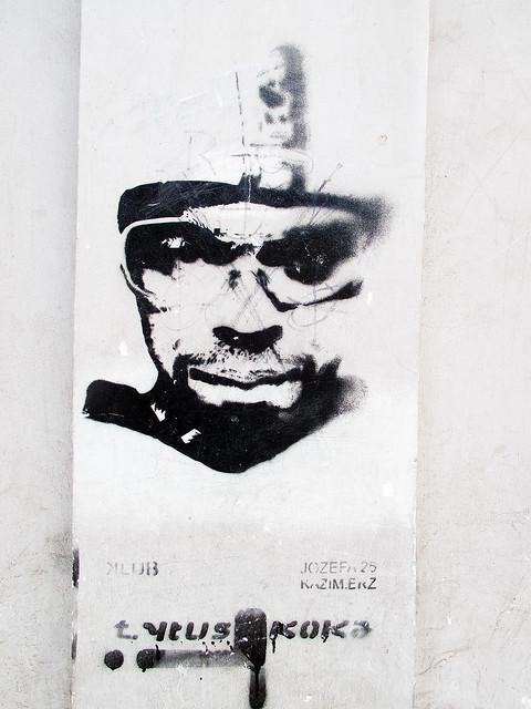 Face - Stencil
