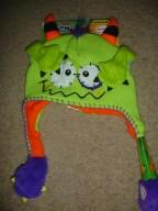 Flipeez Peek-a-Boo Monster hat