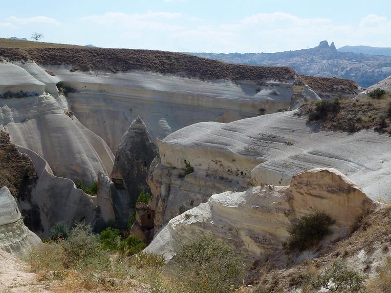 Turquie - jour 21 - Vallées de Cappadoce  - 100 - Çavuşin, Kızıl Çukur (vallée rouge)