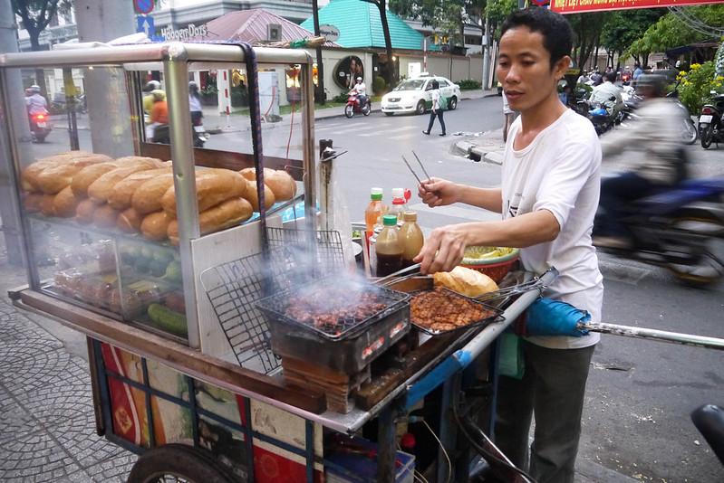 making chicken banh mi