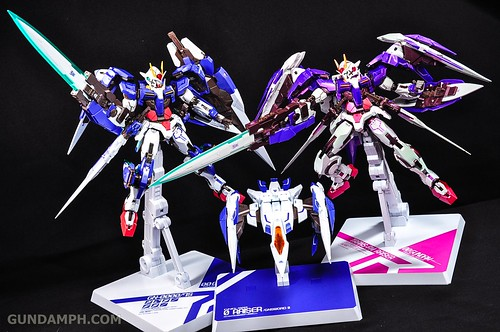 Metal Build 00 Gundam 7 Sword and MB 0 Raiser Review Unboxing (124)