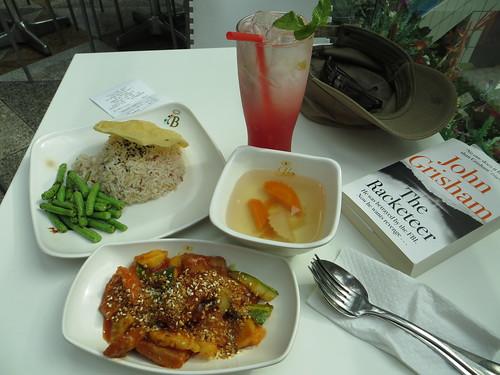 loving hut lunch, singapore