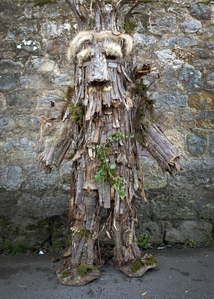 Máscara de árbol, fiesta de la Vijanera de Silió, Cantábria.
