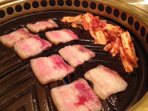 サムギョプサル焼いています@TEJI TOKYO 渋谷店