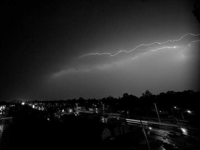 lightning over ottawa (bw)