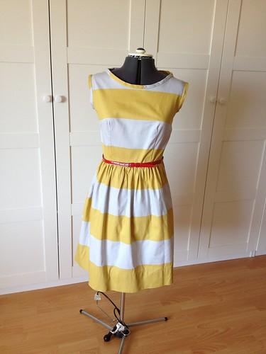 Yellow stripe 9929 -- front w/belt