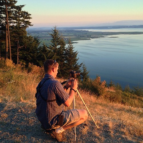 Ready for #sunset over Bellingham Bay Washington by @MySoDotCom