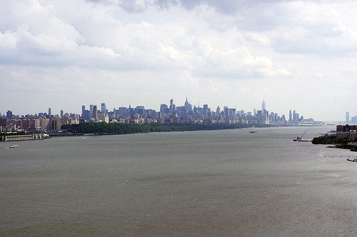Manhattan from GWB by Gripjagraphy